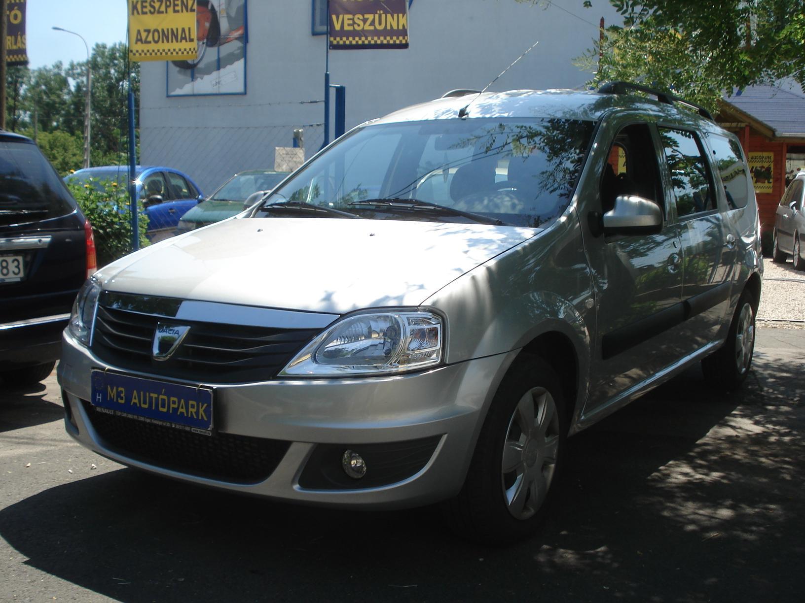 Dacia 7 Személyes: Használtautó Adás-vétel